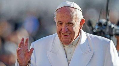 Papa Francisco elige nuevo secretario personal
