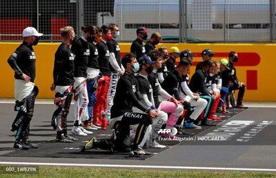 Gesto de pilotos de F1 contra el racismo