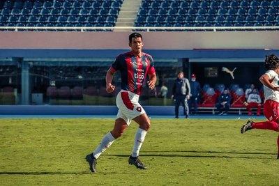 Tres paraguayos en el 'top 5' de más partidos por Sudamericana