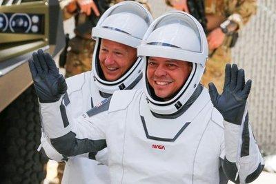 Astronautas de la NASA completan misión a bordo de cápsula de SpaceX