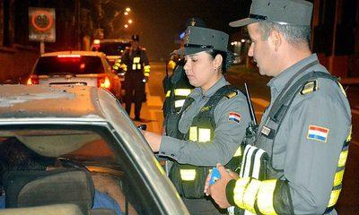 Policía caminera retuvo a 302 conductores que manejaban bajo los efectos