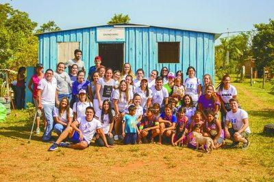 Jóvenes asumen el desafío de una educación mejor