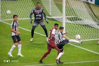 Junior Alonso gana con Atlético en 'semis' del campeonato Mineiro