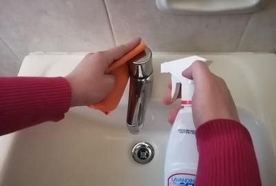 Recomiendan limpieza y desinfección diaria de baño y cocina para prevenir infecciones