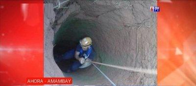 Niña de 3 años cae a un pozo de 15 metros y se salva de milagro