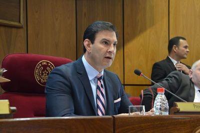 Trato apu´a califica de resentidos a los que critican acercamiento Mario Abdo-Cartes