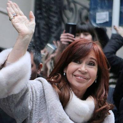 Se reanuda el juicio contra Cristina Fernández por supuesta corrupción