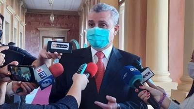 HOY / Caso Friedmann: Villamayor contesta con arrogancia y dice que presupuesto es la prioridad