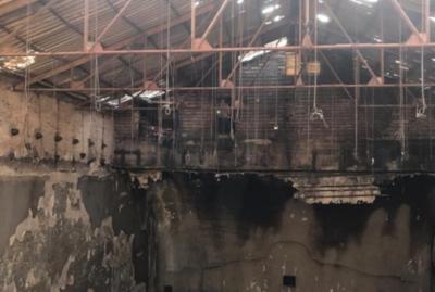 Así quedó el Cine Victoria tras el incendio del fin de semana
