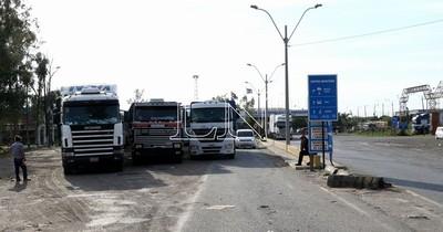 Camioneros varados en Falcón quieren cumplir cuarentena en sus casas