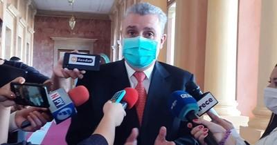 """Villamayor minimiza denuncias y dice que """"no es momento de hablar de Friedmann"""""""