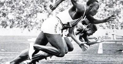 De cuando al Führer le pintaron la cara en las Olimpiadas de Berlín
