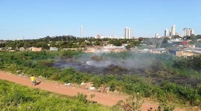 Nuevo Incendio en la Costanera de Asunción: Habría sido por quema de residuos