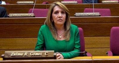 "HOY / ""Estar en Alto Paraná ahora, es como vivir en un horno a punto de estallar"", manifestó la senadora Zulma Gómez"