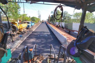 Culminan asfaltado de viaducto de 460 metros y avanzan con obras complementarias