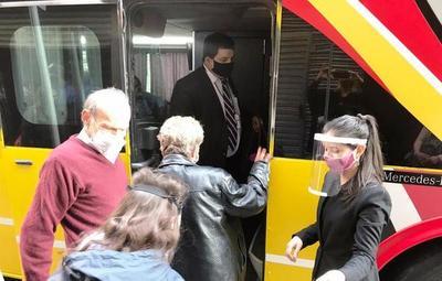 Unos 250 compatriotas y extranjeros residentes llegarán al país desde EEUU y Argentina