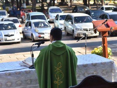 A poner a punto el automóvil para aniversario de Asunción