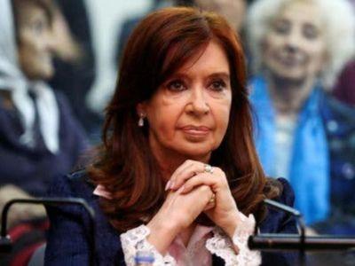 Reanudan juicio por supuesta corrupción contra Fernández