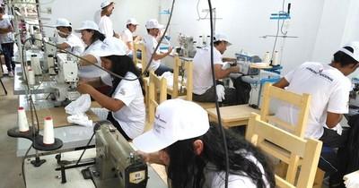 Sector manufacturero caerá menos en este 2020 frente al 2019