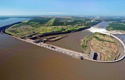 Arranca otra operación para hacer navegable el Paraná