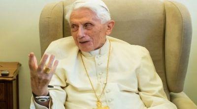 Papa emérito Benedicto XVI está gravemente enfermo