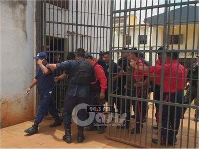 Tribunal de Apelación otorga libertad a 18 guardias detenidos trás fuga en Pedro Juan