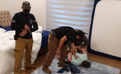 HOY /  Atrapan a jefe narco brasileño en lujoso condominio de Hernandarias