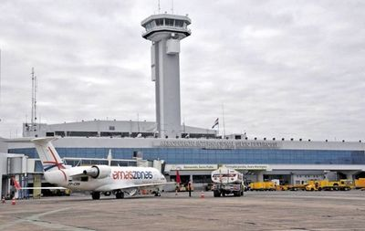 Aerolíneas piden previsibilidad y desde Dinac indican que todo depende del Ministerio de Salud