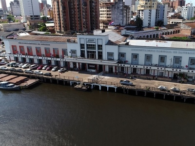 Reducción de la tasa portuaria permitiría a la ANNP competir con puertos privados, según titular