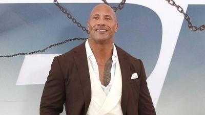 HOY / Dwayne 'The Rock' Johnson compra la liga XFL por 15 millones de dólares