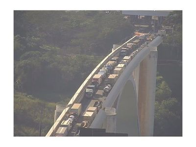 En Brasil ya hablan de reabrir el puente de la Amistad