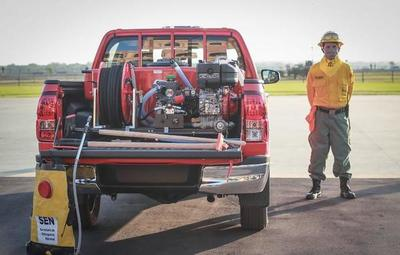 Gobierno recibe donación de móviles para el combate a incendios forestales