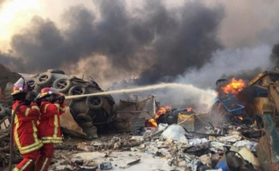 Fuerte explosión durante incendio de depósito de explosivos en Beirut