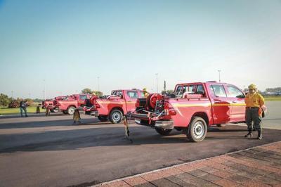 Camionetas fortalecerán capacidad operativa para combatir incendios forestales