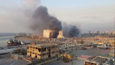 Una fuerte explosión sacudió Beirut