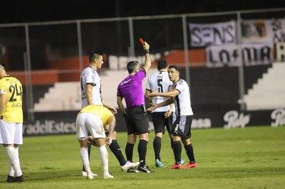 Iván Piris y Antonio Marín, sancionados con un partido de suspensión