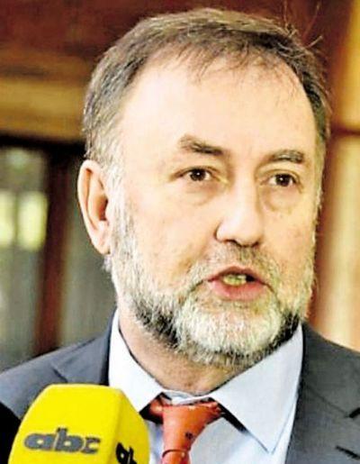 """Hacienda insiste en ley de """"bicicleteo"""" de deudas"""