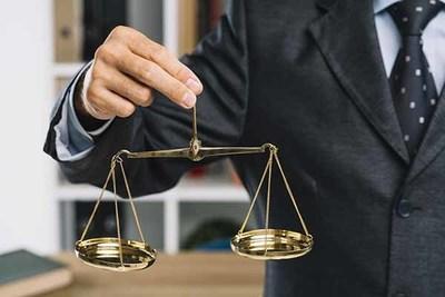 Promulgan ley que suspende la feria judicial