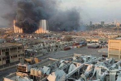 Al menos 25 muertos y 2.500 heridos por gran explosión en zona portuaria de Beirut