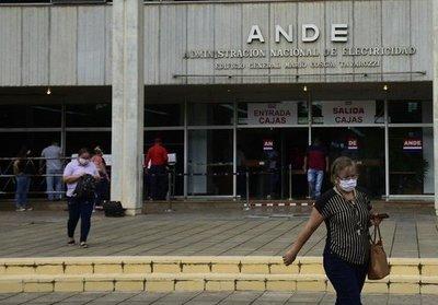 Dan luz verde a voto censura a presidente de la ANDE