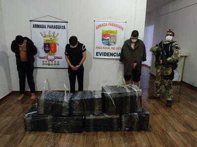 Tres detenidos con artículos electrónicos en el río Paraná