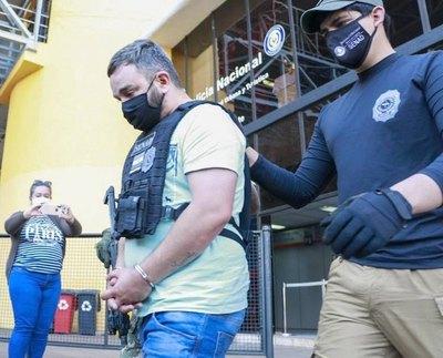 Detienen y expulsan a jefe narco