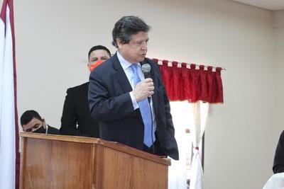 Ministro del Interior habla de reunión con intendentes para apertura de puente