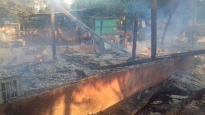 Incendio consumió una chipería en Yby Yaú