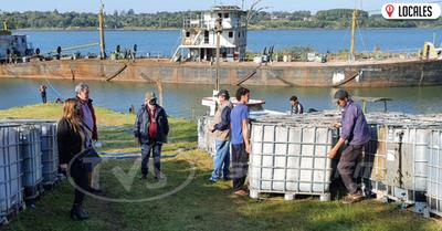 Sin ningún daño ambiental se extrajo la totalidad del líquido oleoso del buque varado en Itapúa