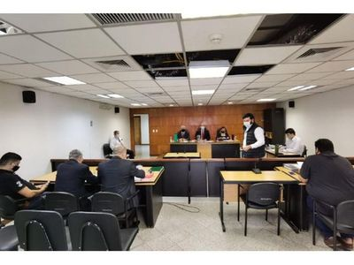Policía condenado por golpear a dos hermanas el 31M