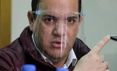 """HOY / Plantean destituir a Rodolfo Friedmann ante escándalo: """"Por decoro debe renunciar"""""""