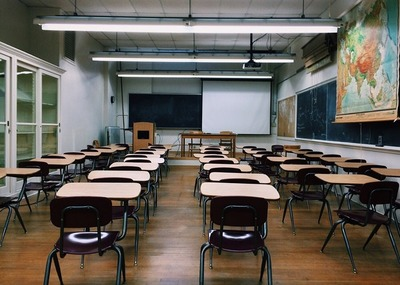 """ONU clama por apertura segura de escuelas por riesgo de """"catástrofe generacional"""""""