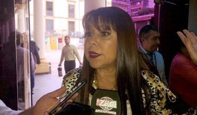 """""""Aquí hubo tráfico de influencias"""", según Celeste Amarilla, en el caso de ESSA y el almuerzo escolar en Guairá"""