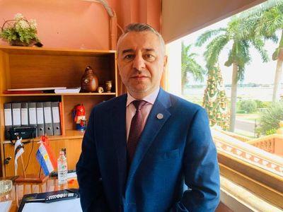 Mario Abdo no está ni va a estar detrás de ningún tipo de persecución a municipios, aseguran